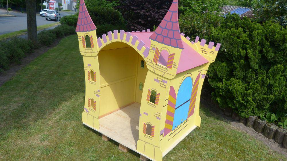 spielhaus outdoor m rchenschloss holz spielzeug peitz. Black Bedroom Furniture Sets. Home Design Ideas