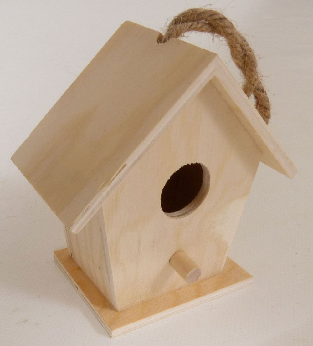 naturholz im garten, eckiges, kleines-naturholz-vogelhaus, | holz spielzeug peitz, Design ideen